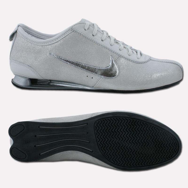Nike shox damen schuhe sneaker rivalry sport business for Schuhschrank nike